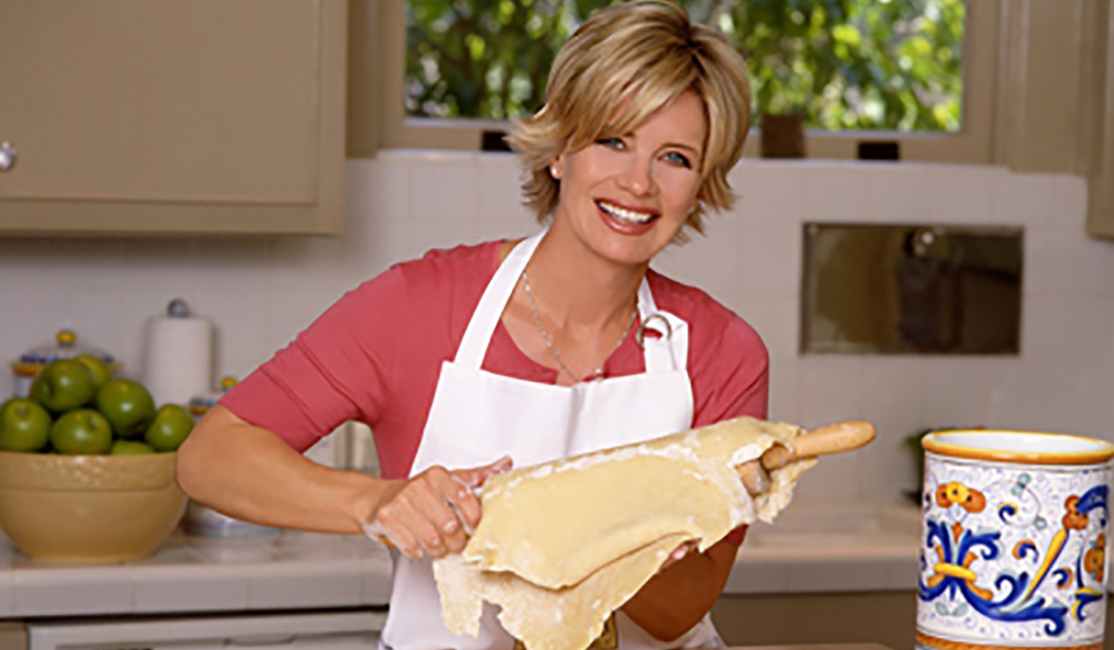 mary beth evans makes pie days of our lives