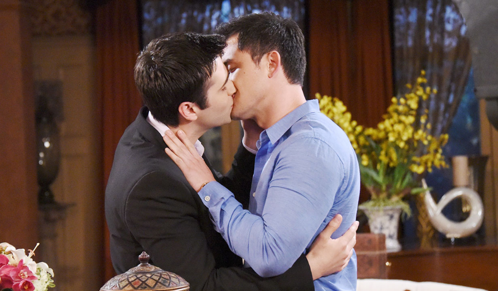 Paul and Sonny kiss