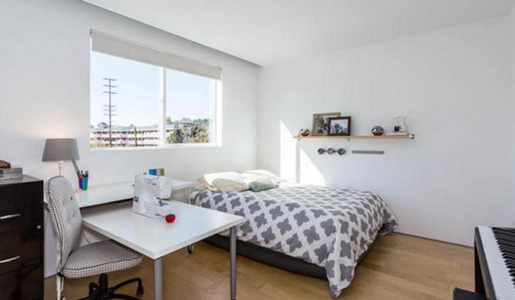 KKL Bedroom 1