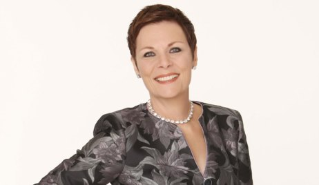 Jane Elliot returns as Tracy to GH
