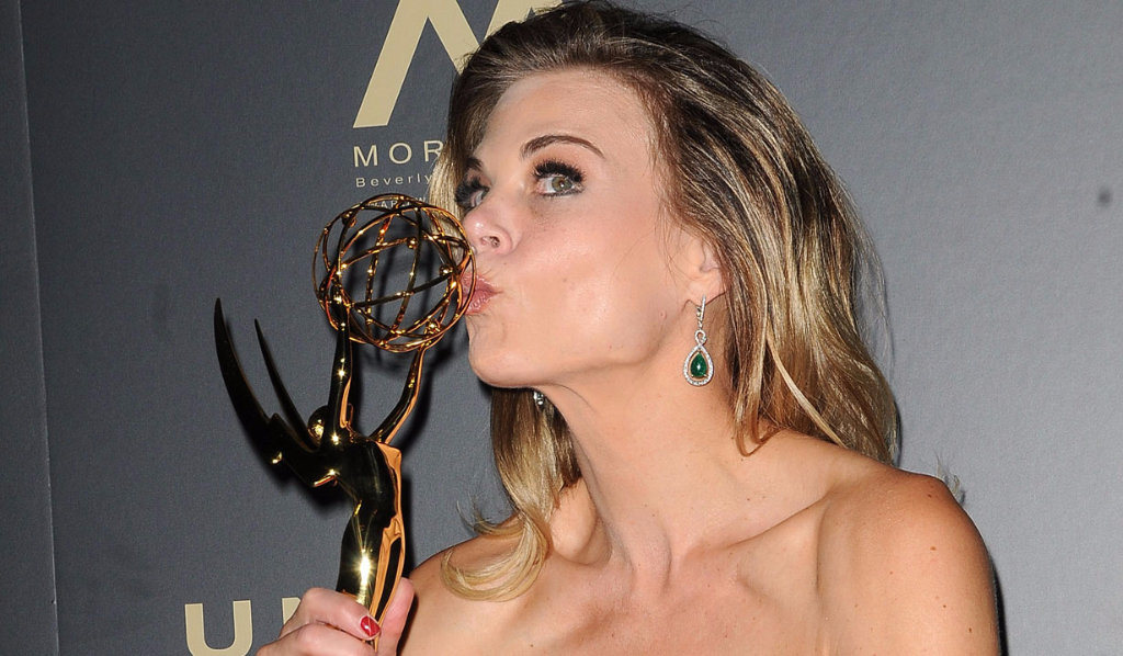 Y&R's Gina-Tognoni, Outstanding Lead Actress winner