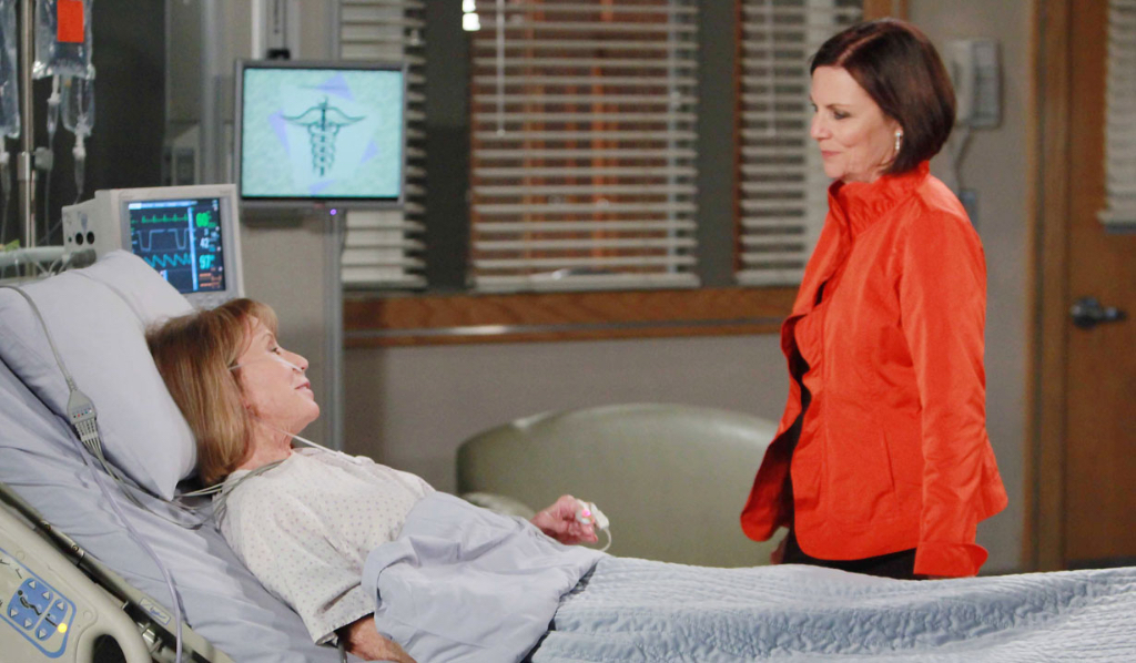 Tracy and Monica make peace General Hospital
