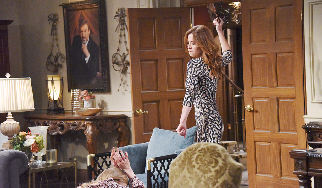 Halloween in Salem and Serena murders Chad and Abby