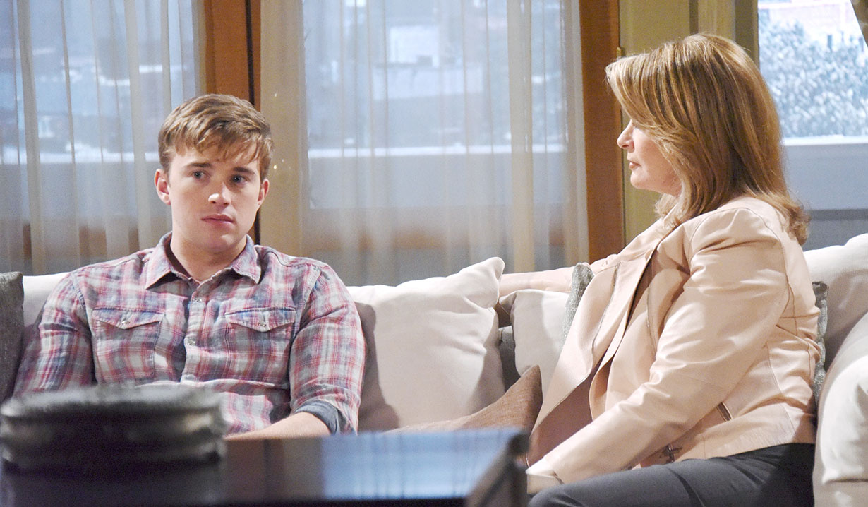 ' ' from the web at 'http://soaps.sheknows.com/wp-content/uploads/2017/11/will-and-marlena-at-home-days-jj2.jpg'