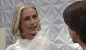 Cassandra surprises Finn-GH-ABC