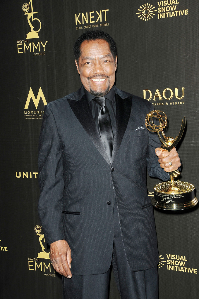 Days' James Reynolds wins Leading Actor