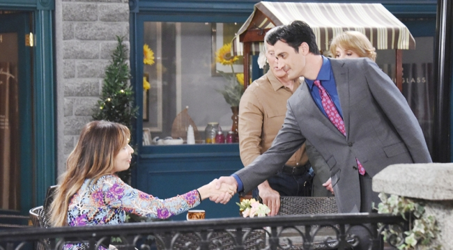 """Ted """"introduces"""" himself to Kate in front of John and Marlena"""