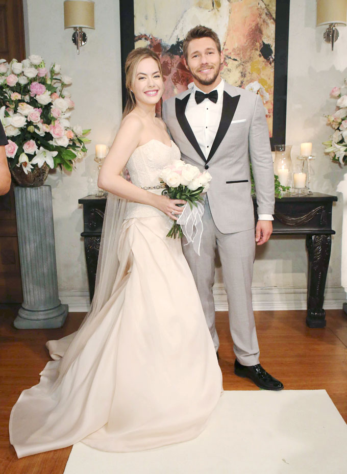 Liam, Hope, pose wedding