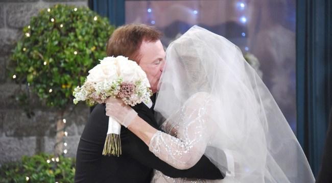 Roman kisses Marlena at John and Marlena's wedding