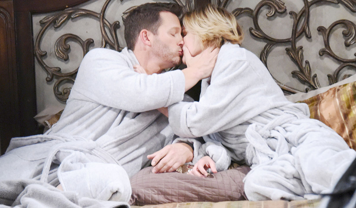 brady and eve kissing on Days