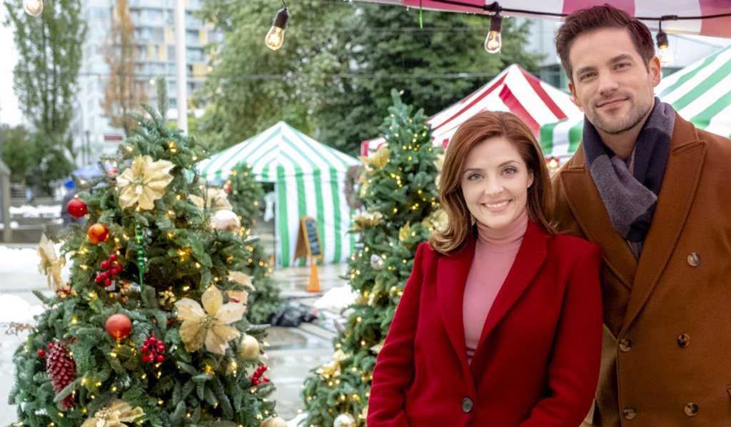 Christmas List Hallmark.Soap Stars Bring Holiday Romance To Hallmark S Countdown To