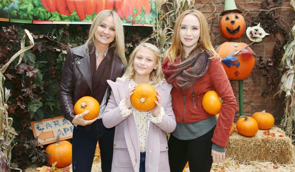 Sharon, Faith and Mariah