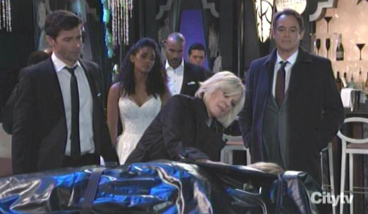 Ava sees Kiki's corpse