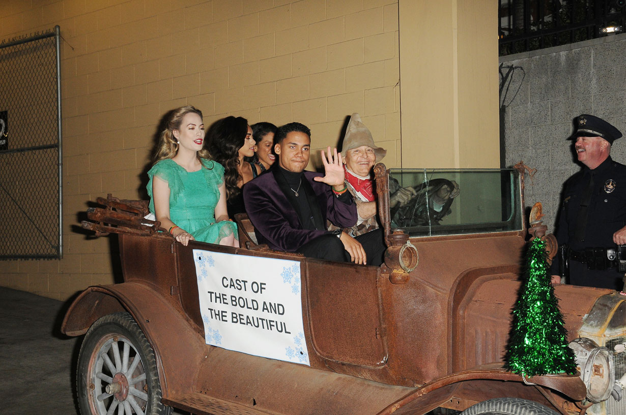 B&B stars at Hollywood Christmas Parade