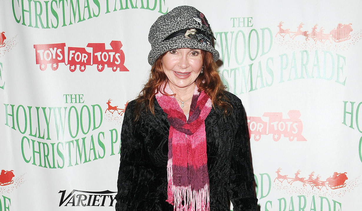 Jackie Zeman at Hollywood Christmas Parade
