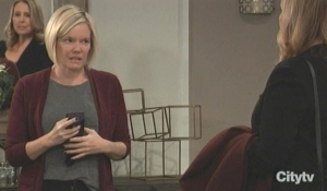 Laura pays Ava a visit GH