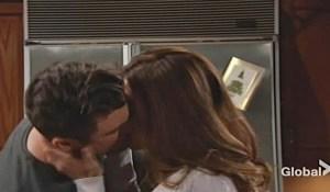 cane victoria kiss