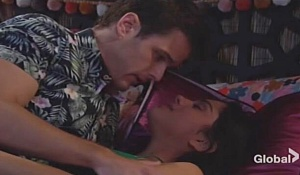 Kyle lola kiss on bed