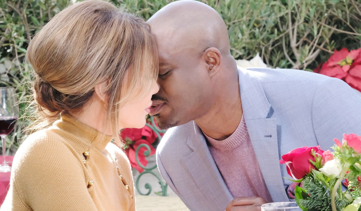 taylor and reese kiss bold and beautiful