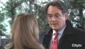 Ryan asks Laura to finalize teh divorce GH