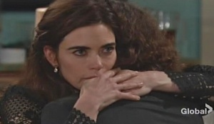 victoria comforts reed