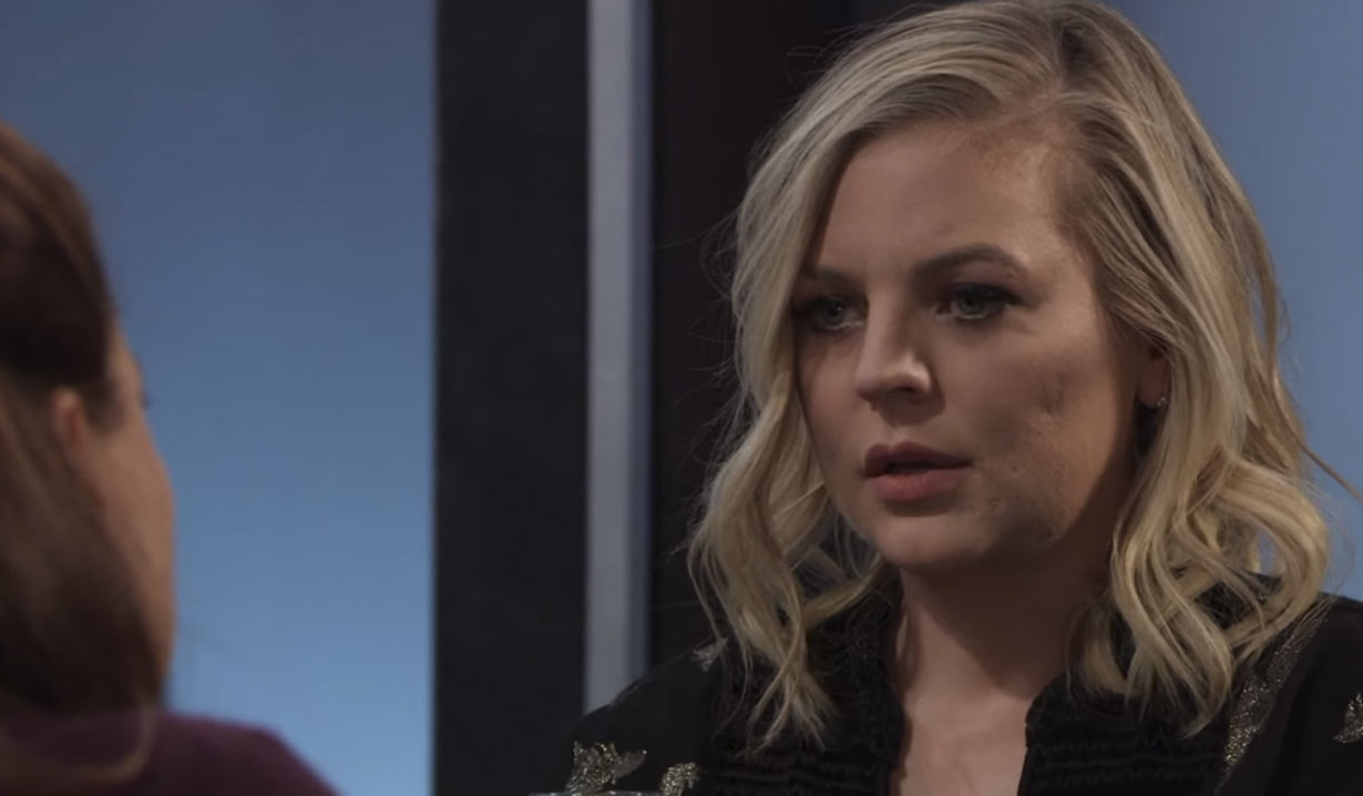 maxie removes wedding ring