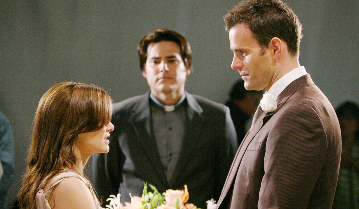 AMC's Ryan marries Greenlee Valentine's Day 2011
