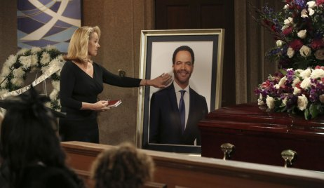 nikki at neil winters' funeral on young and the restless