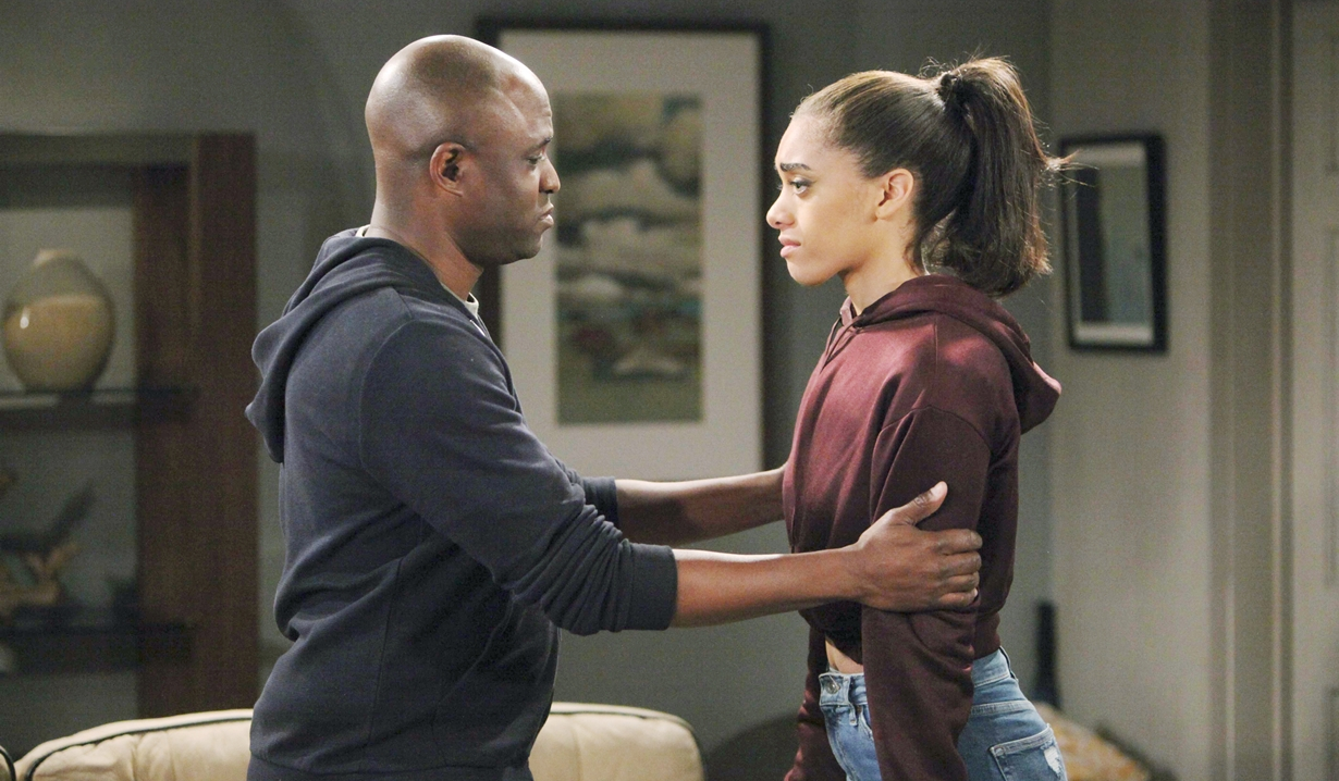 Reese convinces Zoe to keep quiet