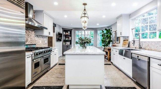 Y&R alum Scott Elrod's Hollywood Hills Tudor on the market