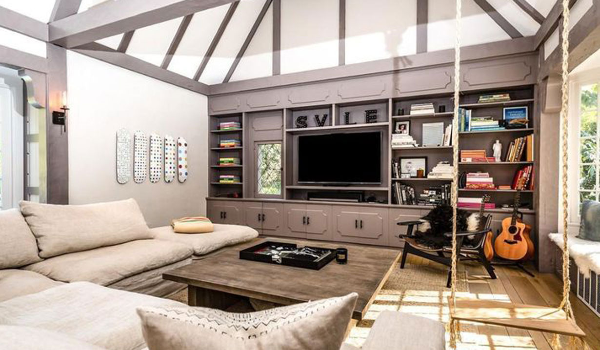 Y&R alum Scott Elrod's Hollywood Hills Tudor on the market