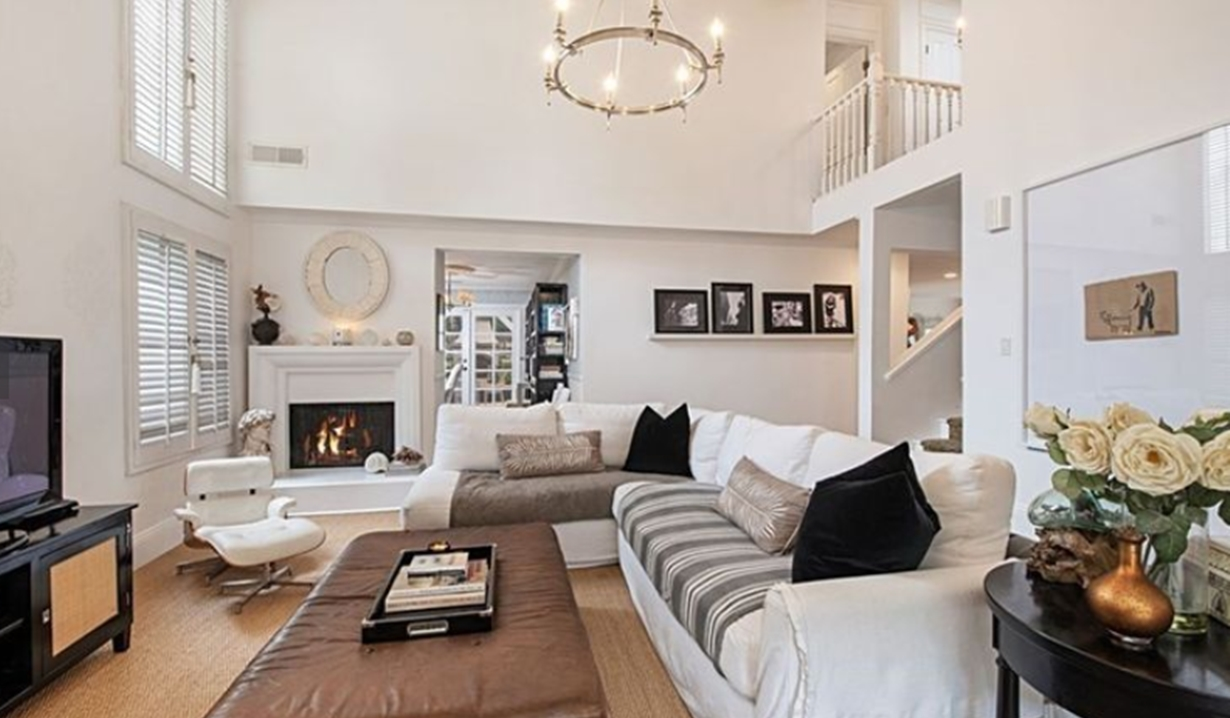 Daniel Goddard's Calabasas House Y&R, Redfin