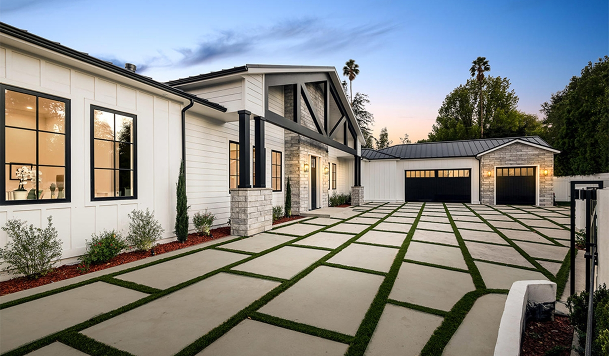 Photos of Justin and Chrishell Hartley's Encino Home