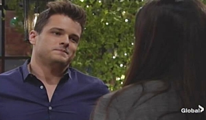 Kyle updates Lola on Young and Restless