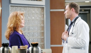 Maggie talks to Rex at the hub on Days of our Lives