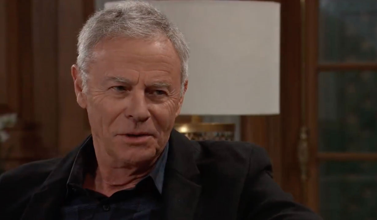 Robert questions Anna on General Hospital
