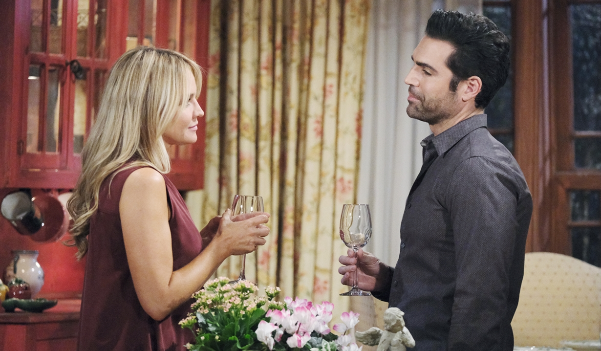 Sharon and Rey on Young and Restless