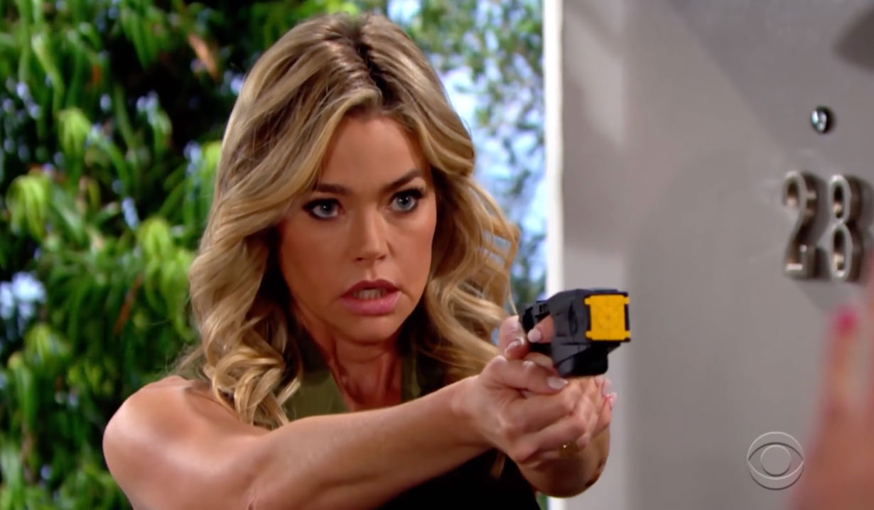 Shauna pulls a gun on Bold and the Beutiful