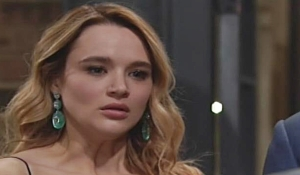 Summer sees necklace on Young and Restless