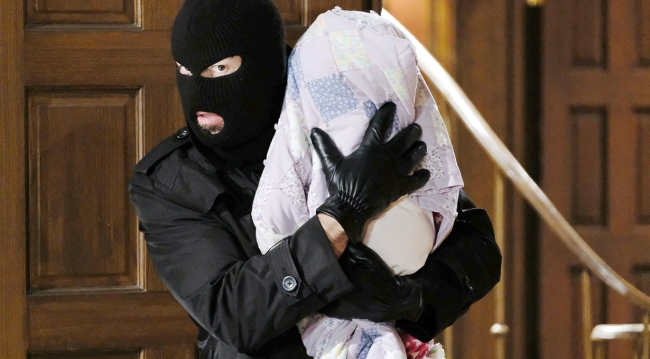 bad guy kidnapping holly days of our lives