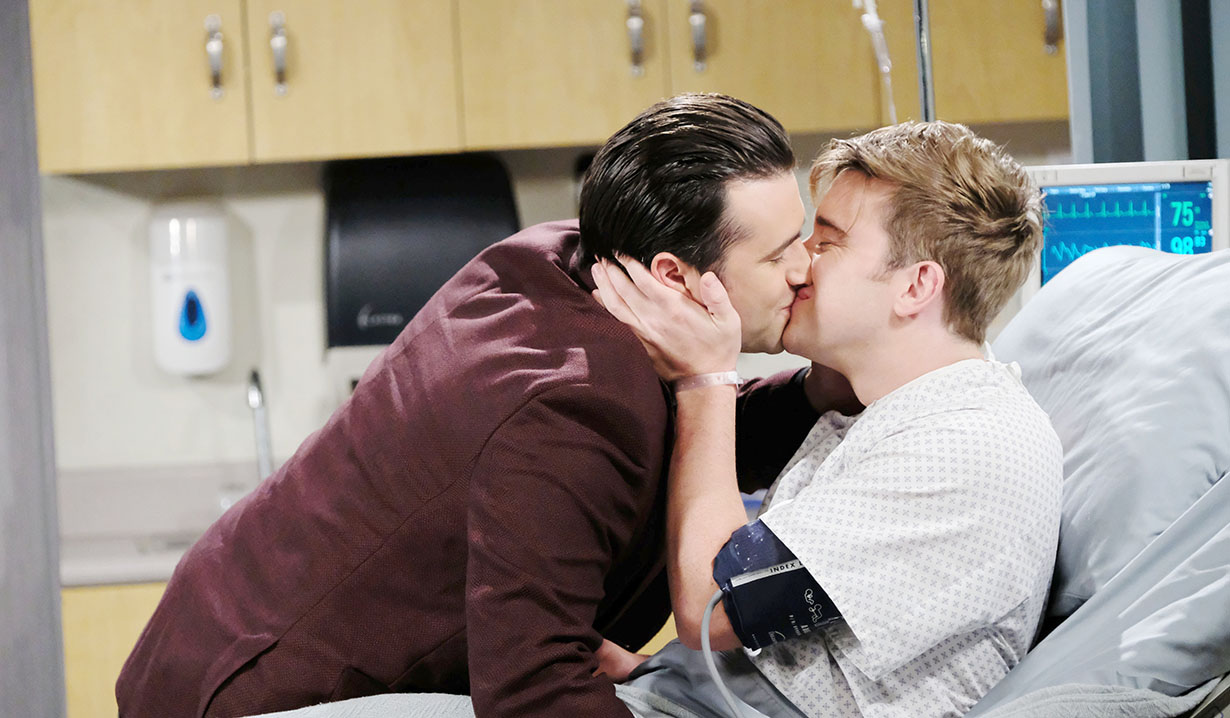 will and sonny kiss smile days of our lives