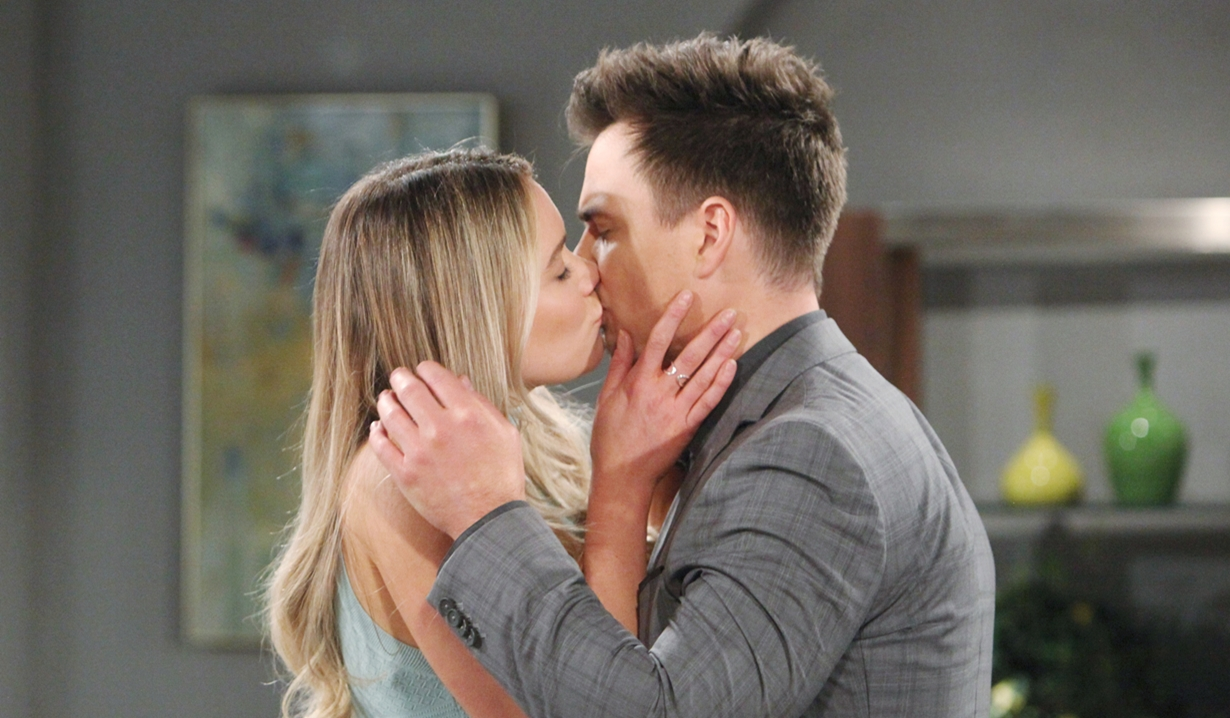 Flo and Wyatt kiss on Bold and Beautiful