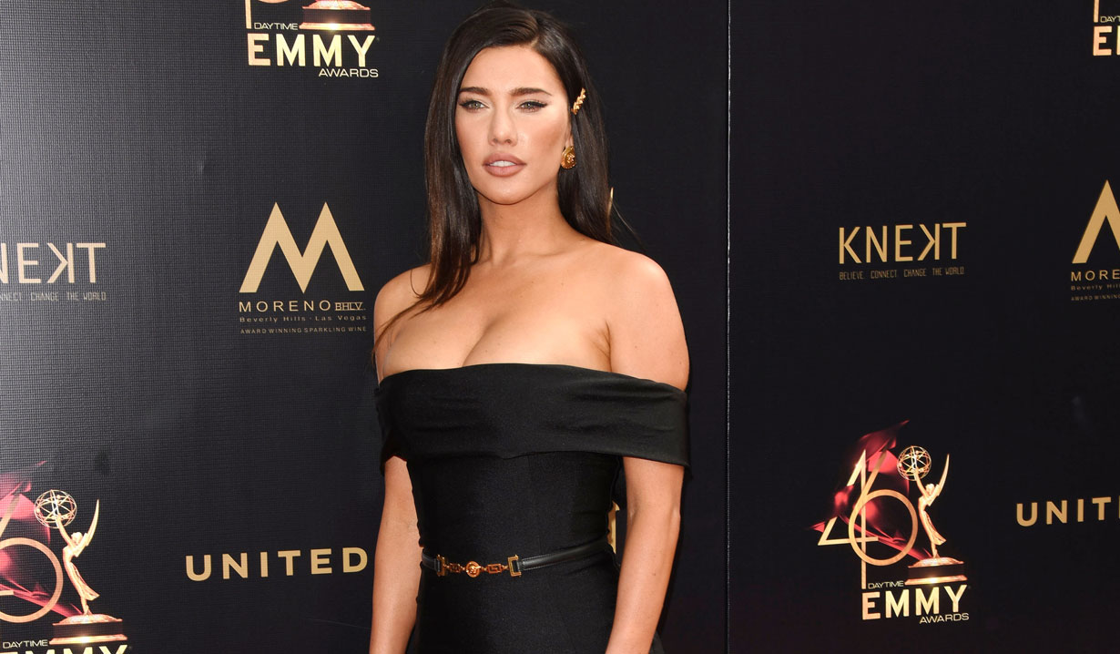 Photos of the 2019 Daytime Emmys Red Carpet with Kristyn Burtt