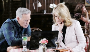 John and Marlena laptop in pub Days of our Lives