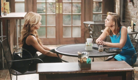 Lauren gives Phyllis an ultimatum on Young and Restless