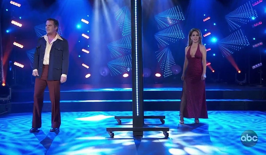 Ned and Olivia sing on General Hospital