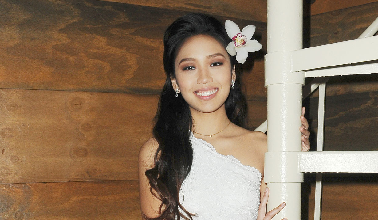 thia megia motjers day photos days of our lives