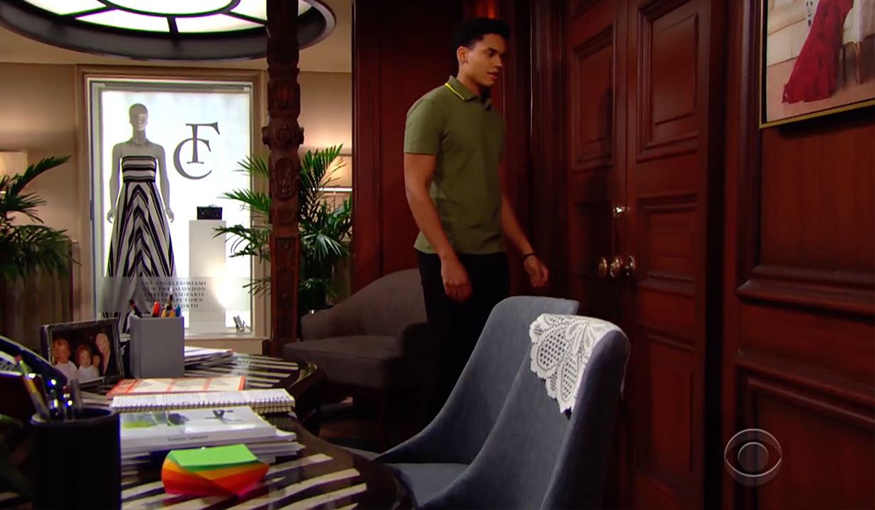 Xander overhears secret on Bold and the Beautiful