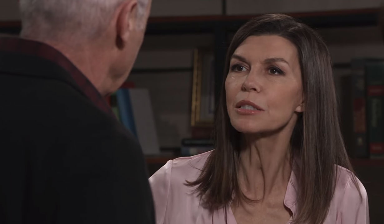 Robert and Anna in a tense conversation on General Hospital