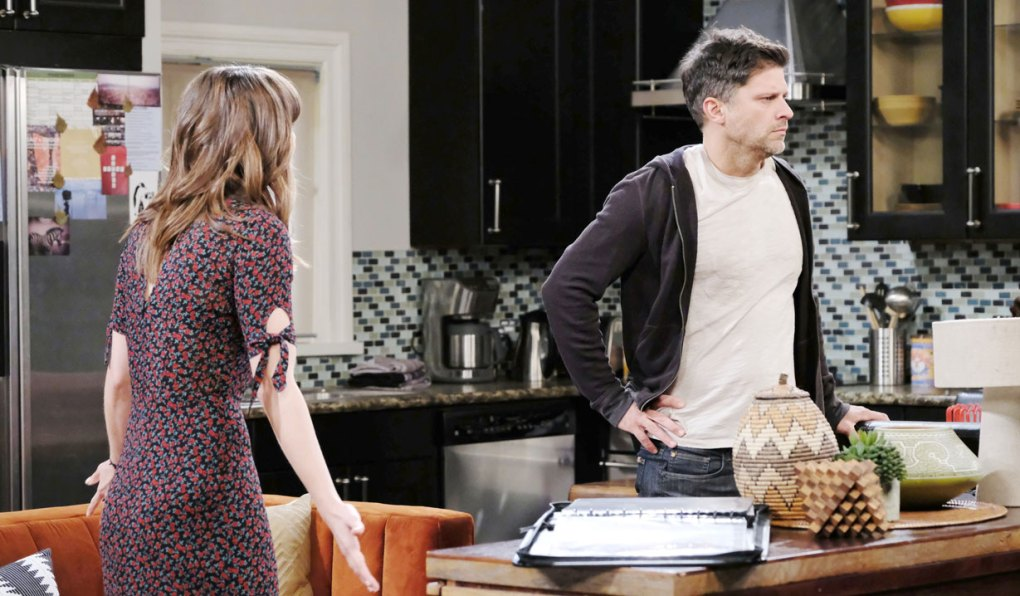 sarah comforts eric over nicole on days of our lives